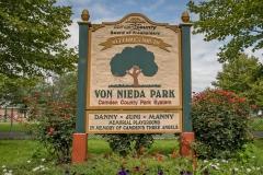 Von-Nieda-Park-1